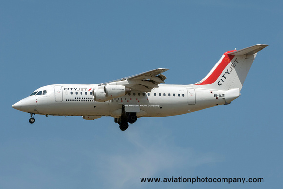 Cityjet BAe 146 Avro RJ-85 EI-RJF at Paris CDG (2015)