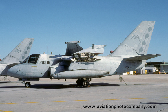 The Aviation Photo Company: S-3 Viking (Lockheed) &emdash; US Navy VS-30 Lockheed S-3B Viking 159390/AA-710 (1992)