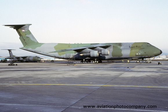 The Aviation Photo Company: C-5 Galaxy (Lockheed) &emdash; USAF New York ANG 137 MAS Lockheed C-5A Galaxy 69-0009 at Rhein Main (1992)