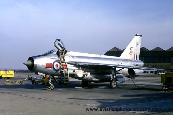 The Aviation Photo Company: 5 Squadron &emdash; RAF 5 Squadron English Electric Lightning F.6 XR768/P (1973)